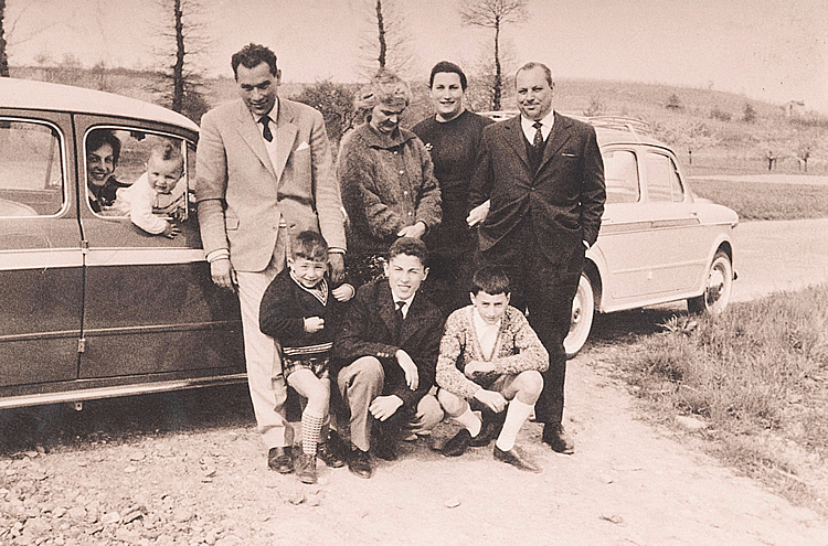 1961. Lidia with Enrico, Paolo with Gianfranco together with uncles and cousins.