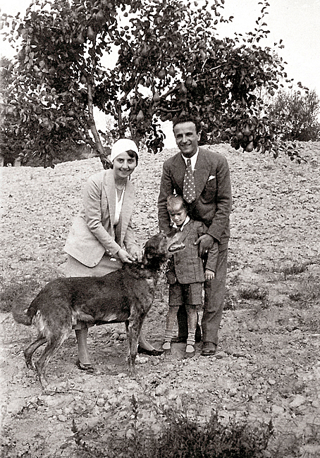 1935. Young Paolo with his uncles, Michele and Giuseppina Rivolta.