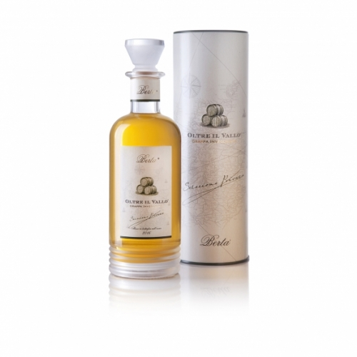 Berta - Oltre il Vallo - Grappa Invecchiata, Affinata in Barili di Single Malt Scotch Whisky.